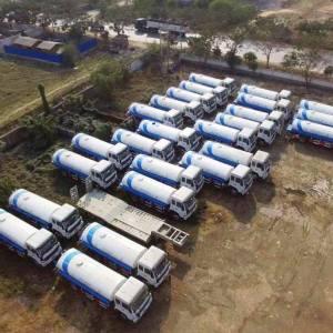 မကွေးနှင့် နတ်မောက်မြို့နယ်များရှိ ရေရှားပါးဒေသများတွင်အသုံးပြုရန် ပရဟိတအသင်း(၂)သင်းသို့ ရေသယ်ယာဉ်အသစ်(၃)စီး ပေးအပ်လှူဒါန်း။